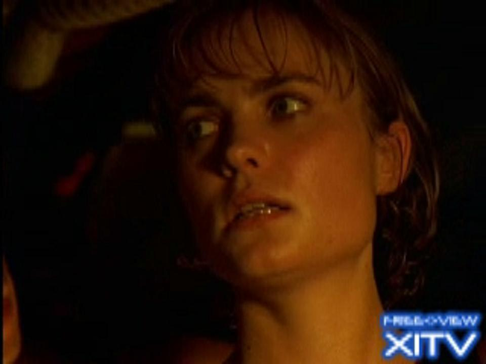Watch Now! XITV FREE <> VIEW™  &quot;PITCH BLACK&quot; Starring Radha Mitchell, Rhianna Griffith, Claudia Black, and Vin Diesel! XITV Is Must See TV!